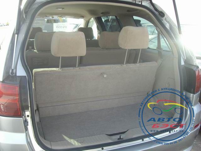 No. 1379 nissan liberty g navi pkg 4WD.