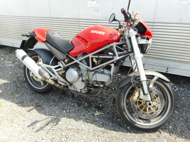 DUCATI MONSTER M900ie
